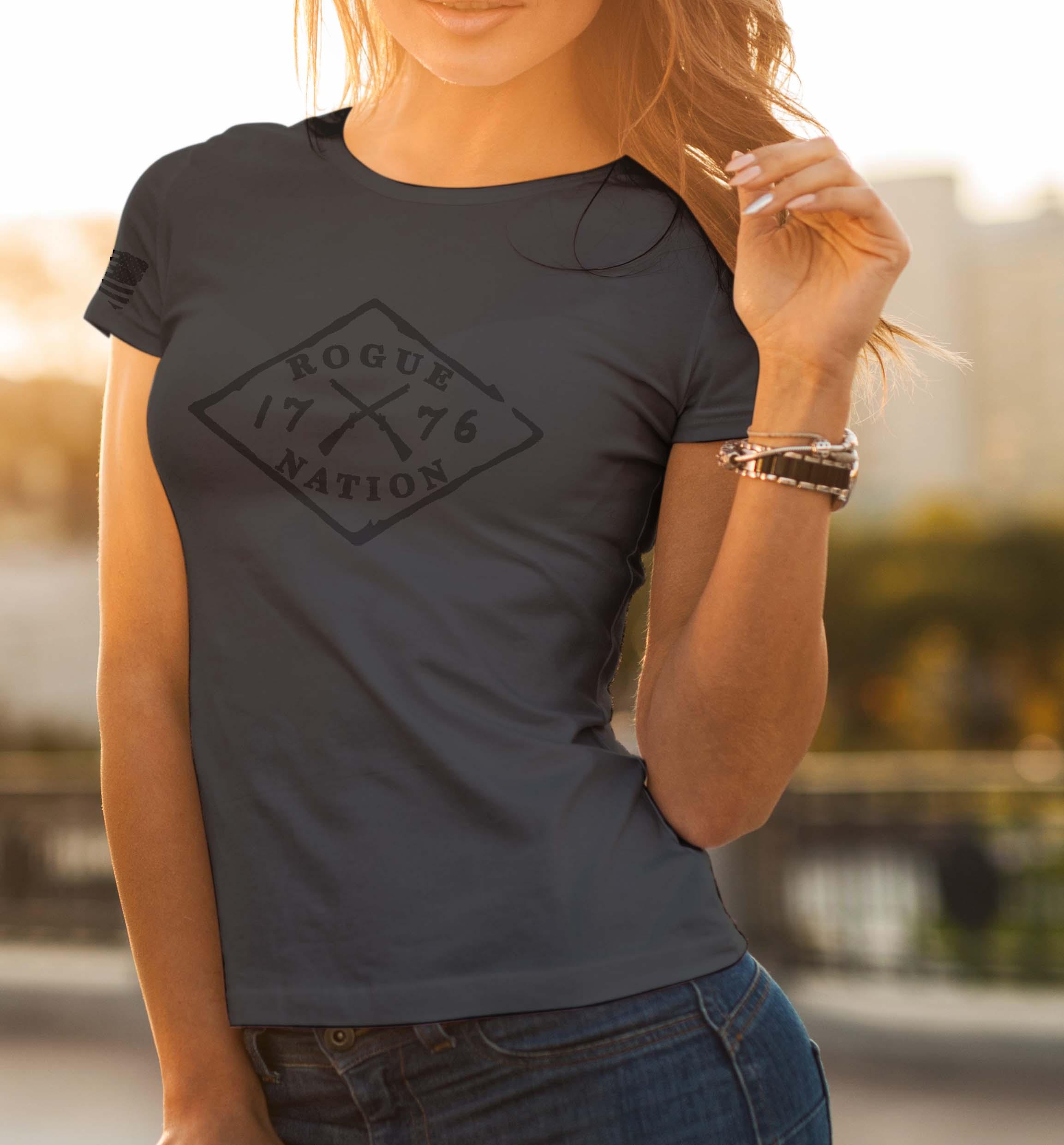 t-shirt full logo on charcoal women's