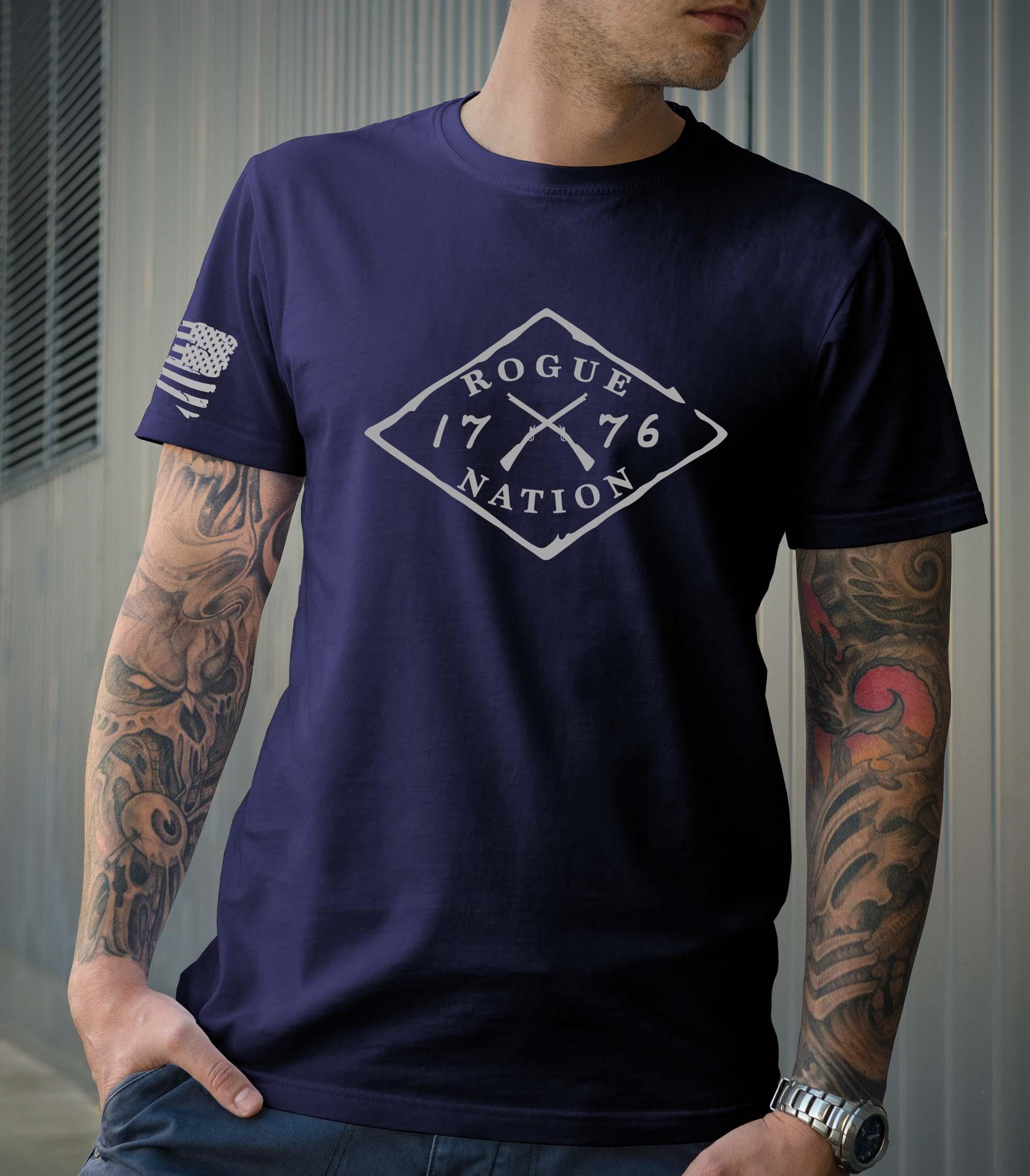 t-shirt full front logo on navy men's