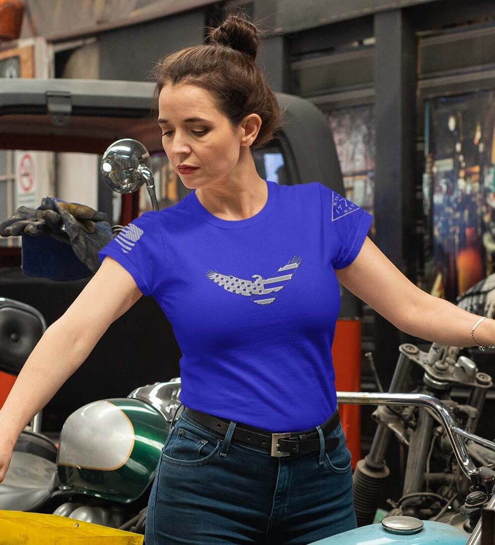 American Eagle on Women's Royal Blue T-Shirt