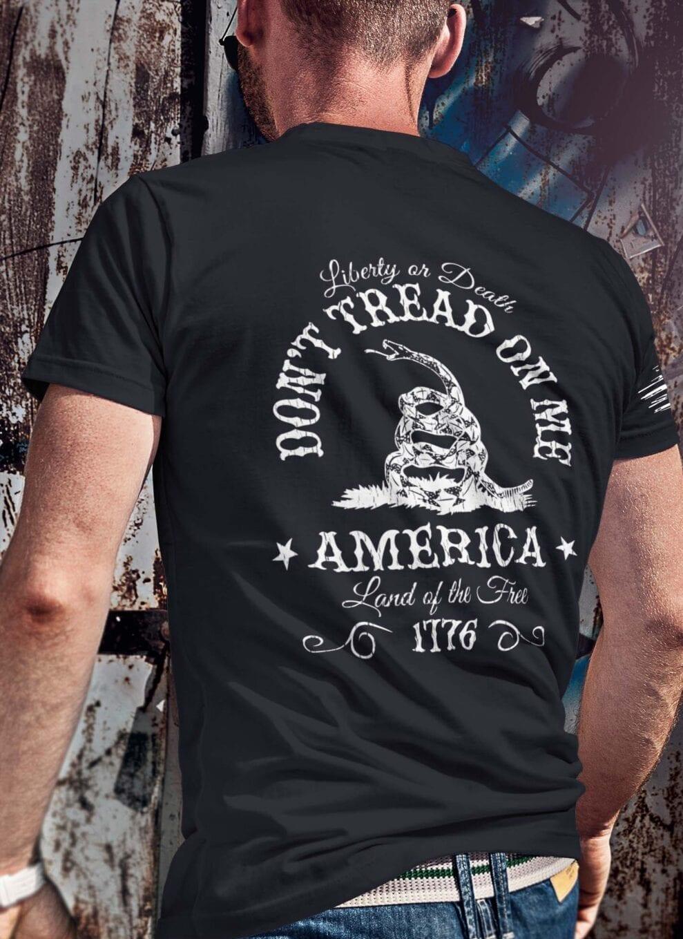 Don't Tread On Me on Men's Black T Shirt